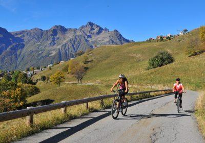 De bescheiden beklimming van Alpe d'Huez met de e-bike